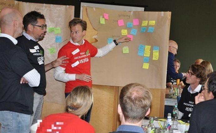 Tom Faber van het CCC tijdens een hackathon