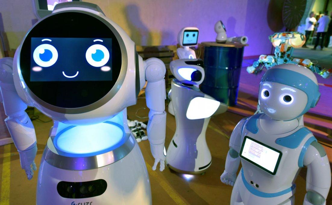 Verschillende zorgrobots.