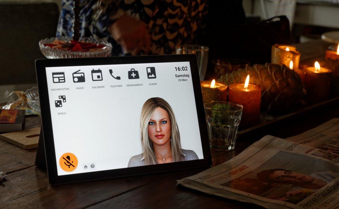 Tablet met daarop de functies van virtuele assistent Anne4Care.