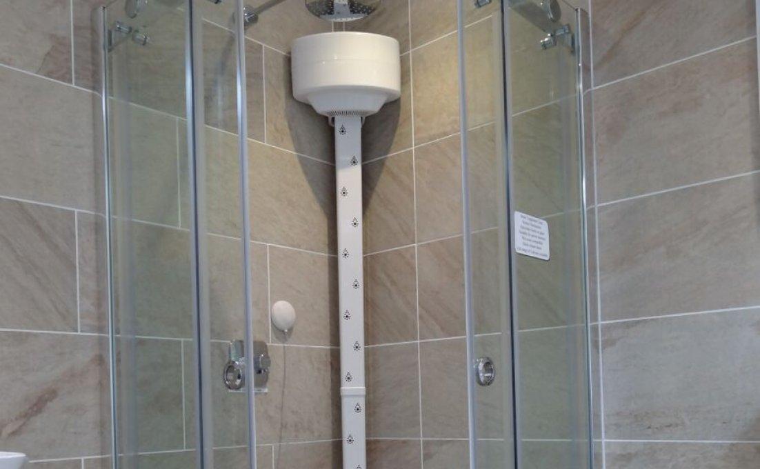 Lavicta lichaamsdroger in douche geinstalleerd